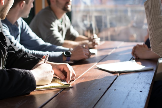 5 Best Ways to Demonstrate Your Leadership Skills at Work
